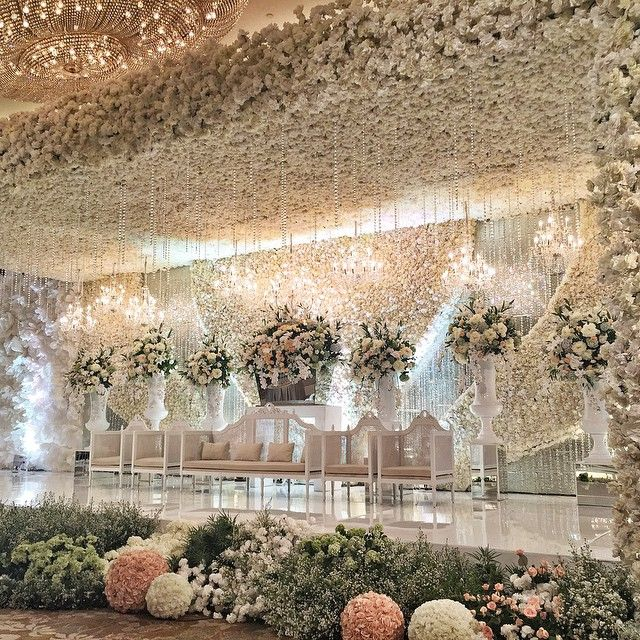 The Wedding of wellson & cella | organized by @linaeugene | lighting by @lumens_indo #wellsonmarcella