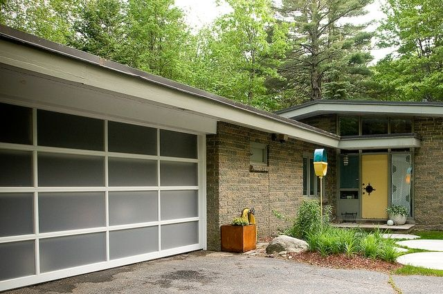 73 best images about garage door makeovers foto finish for Mid century modern garage