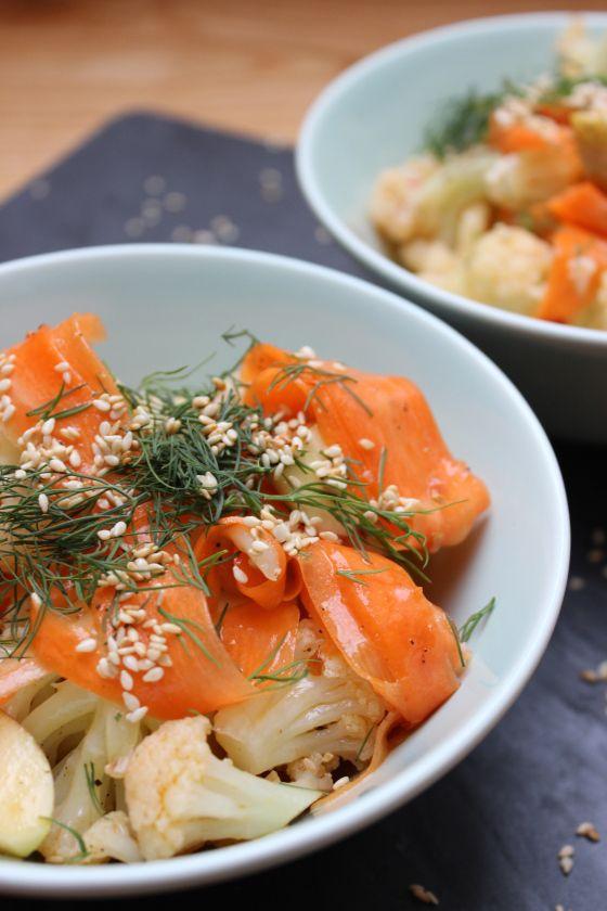 die besten 25 asiatischer salat ideen auf pinterest salat rezepte chinesisch orangensalat. Black Bedroom Furniture Sets. Home Design Ideas