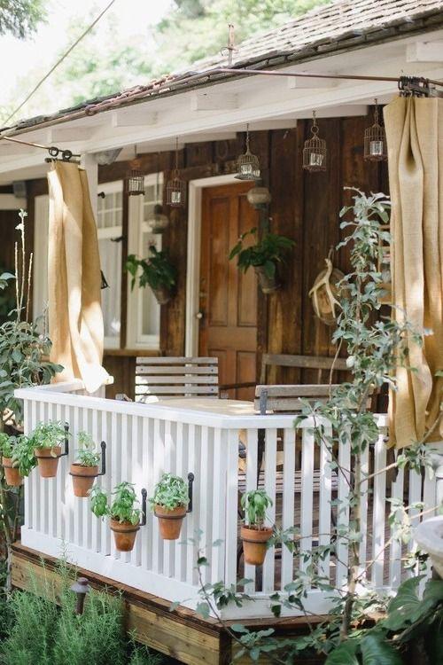 Great little porch.