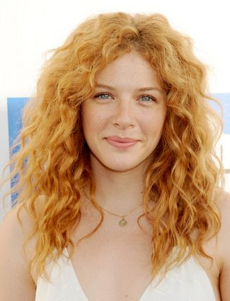 Twilight star Rachelle Lefevre has natural carefree beachy curls