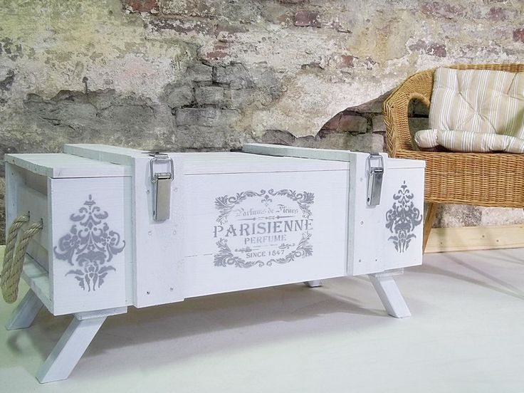 17 ideas about couchtisch shabby on pinterest. Black Bedroom Furniture Sets. Home Design Ideas