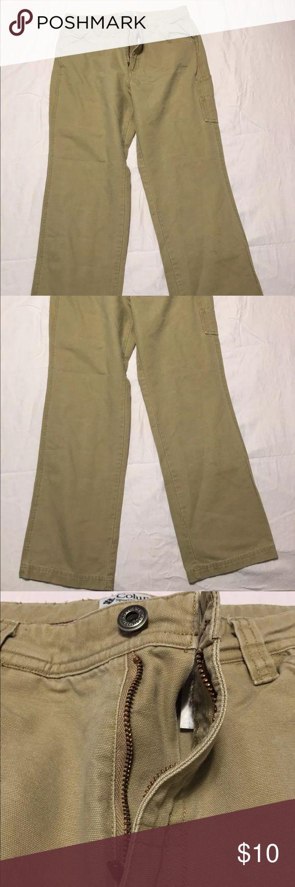 Women's Columbia Sportswear Khaki Pants Sz 10 Size 10 Regular. In great condition! Worn only a few times Columbia Pants Straight Leg