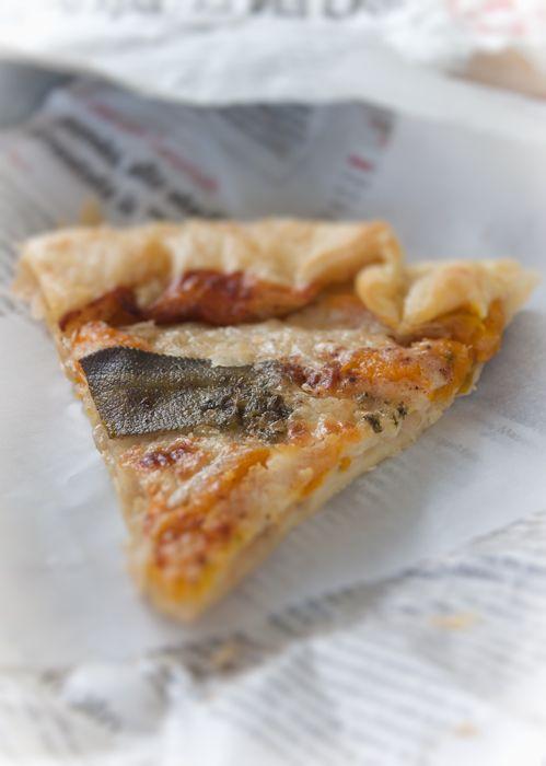 Torta Salata con Cipolla di Giarratana, Zucca di Mantova e Gorgonzola di Novara