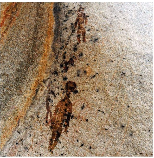 10 000 year old rock paintings depicting aliens and UFOs found in Chhattisgarh   The Times of India