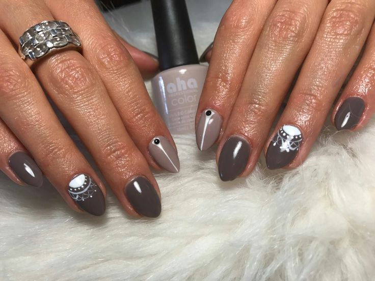 lacey autumn nails #greynails #autumnnails #naildesign