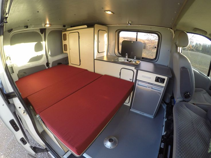 Best 25 4x4 van ideas on pinterest camper van camper for Auto interieur kuisen