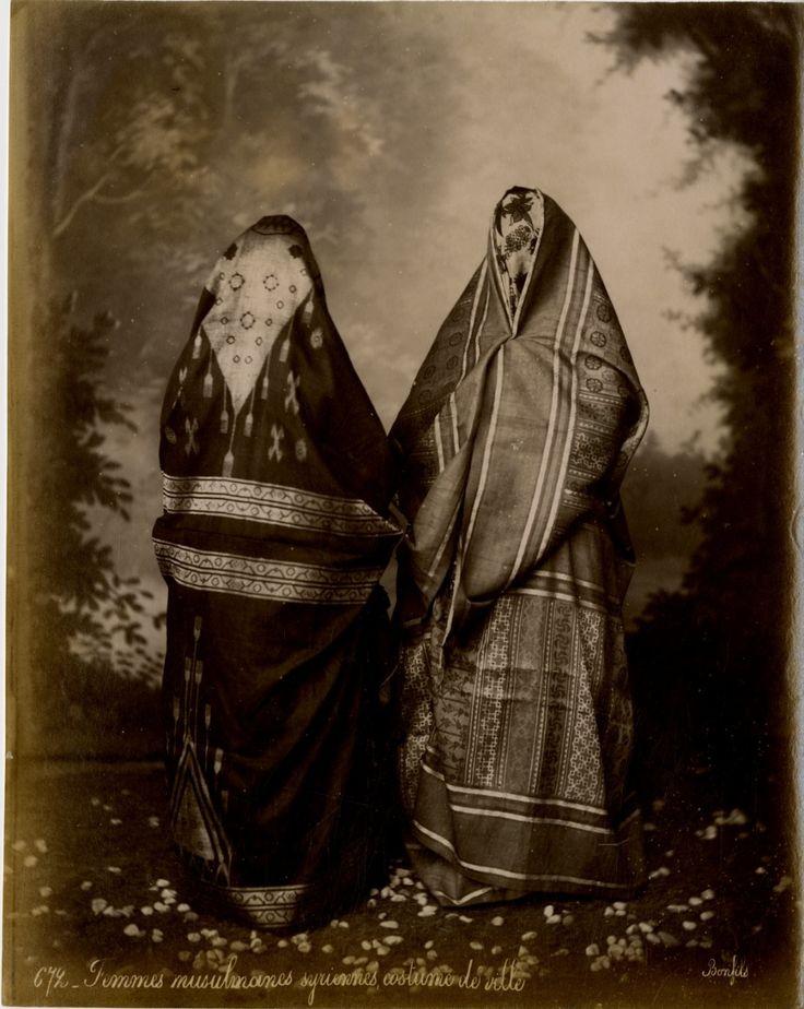 Bonfils. Syrie, Femmes musulmanes syriennes, costume de ville     #Orient #Proche_Orient_Near_East