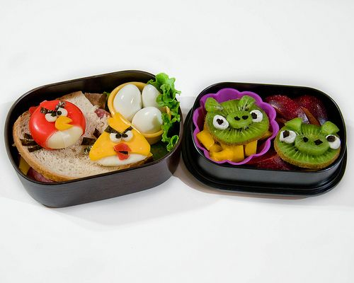 Adam would love this.: Bento Lunches, Bento Boxes, Birds Lunches, Boxes Ideas, Birds Obento, Lunches Boxes, Bento Angry, Angry Birds Bento, Kid