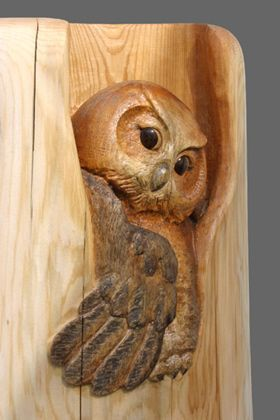"Title: ""Owl"" Material: Western red cedar Post size:WxH 10""x 50""(25cm x 127cm)"