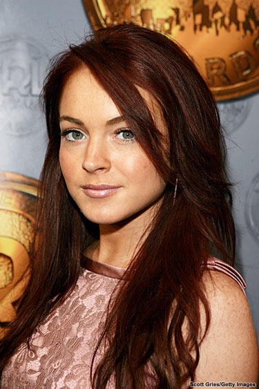 I need to get to the salon and start to channel my inner Lindsay. I've always been inspired by her hair style and color. now that its getting long again I need her long layers and red color!