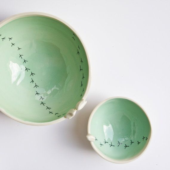 TWEET BOWL, ceramic bird bowl. white and green pottery bowls. ceramic bowls set. nesting bowls set. modern serving bowls. karoArt, Ireland