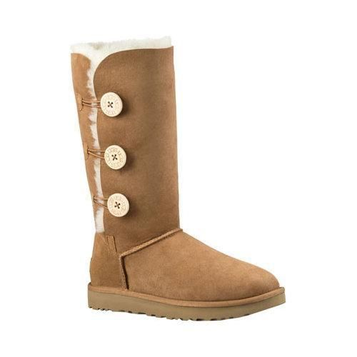 The all new UGG Bailey Button Triplet II Boot for women offers style and functionality all in one. The Bailey Triplet II is designed with three signature wooden buttons for simple elastic closure. Thi