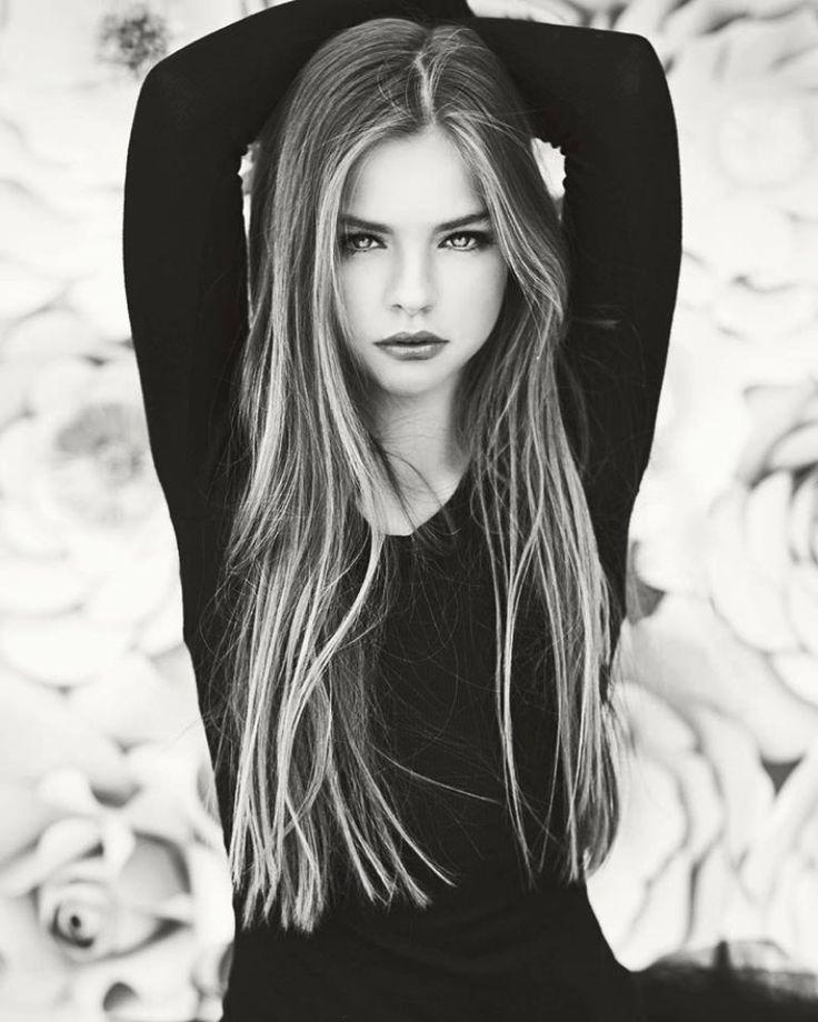 Красивым девушкам легче жить