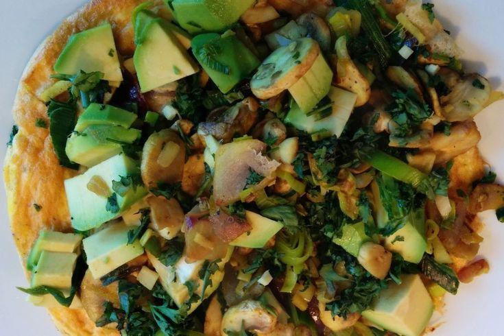 Groente-avocado omelet