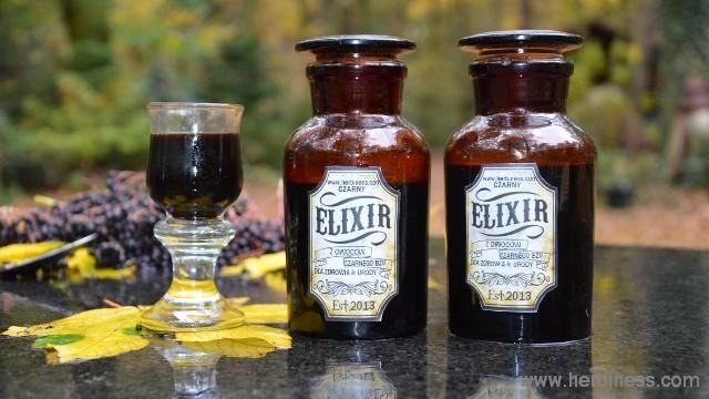 czarny eliksir - z owoców czarnego bzu, pyszny. Podnosi odporność.