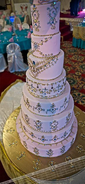 Indian style wedding cake. Wow.