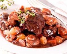 Boeuf bourguignon facile et rapide - Une recette CuisineAZ