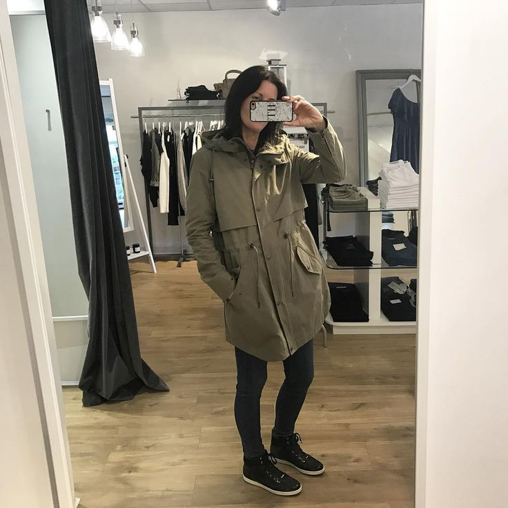 cocaranti | The khaki addiction satisfied again with this perfect light weight parker coat by @parkalondon the Freya essential trans paker in soft green👌🏼is in store & will be available on line very soon #Cheshire #boutique #style #wiwt #love #blogger #celebstyle #stealmystyle #instastyle #ontrend #lovewantneed #designer #jeans #styleadvice #knutsford #ootd #fashionlover #parka