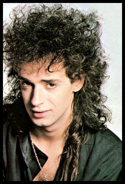 Gustavo Cerati, año 1987.