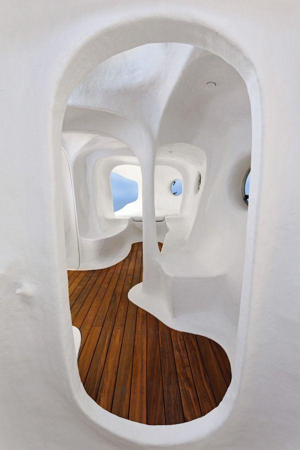 atelier-van-lieshout-original-dwelling-design-miami-basel-designboom-11