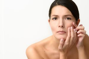 Skin Moles… Removal and Prevention   Beautiful on Raw