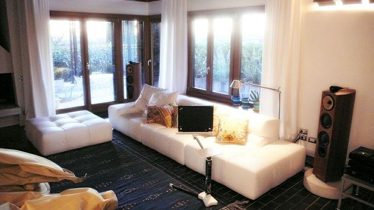 Lounge-book Chrome in a design house in Valpolicella