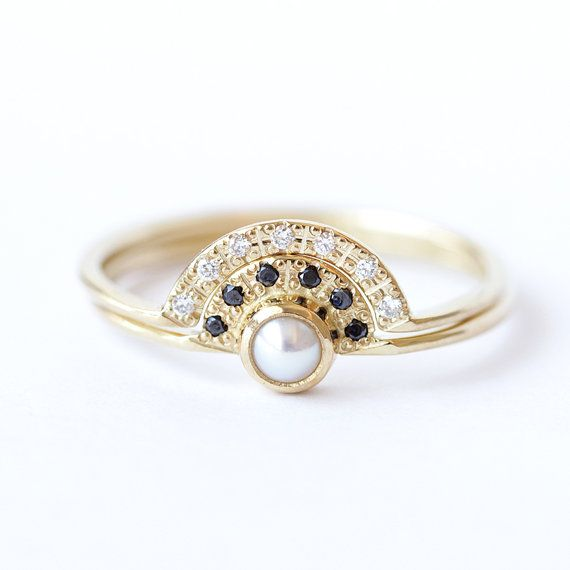 Pearl Engagement Ring Bridal Set - Alternative Engagement Ring - Double Crown Wedding Set - 18k Gold