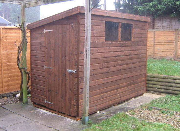 Best 25 small wood shed ideas on pinterest small garden for Garden shed january sale
