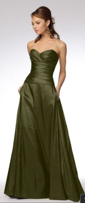darker green, simple and cute - plus pockets :)