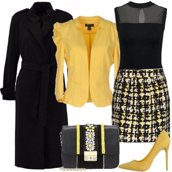 Outfit per una serata o una cerimonia in cui si vuole essere eleganti senza esagerare. Il look è composto dal body nero girocollo con inserto velato, la gonna in fantasia nera bianca e gialla e il blazer giallo con sbuffo sulla spalla. Completa il trench nero, la décolleté gialla e la tracollina nera con applicazioni gialle.