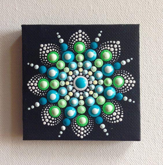 Ursprünglichen kleinen Mandala-Malerei auf Leinwand, Aboriginal Art, kleine Gemälde, Acryl auf Leinwand.  Meine Kunst wird sorgfältig verpackt werden, um sicherzustellen, Malerei erreicht Sie in einwandfreiem Zustand und mit einer Priorität Air Mail gesendet.