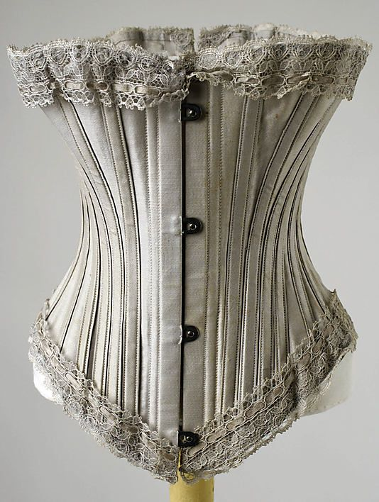 1895-1905. Grey is under-rated. I love grey. This piece reminds me of the powder blue underbust with casings that I made for Ivory Flame in 2010.