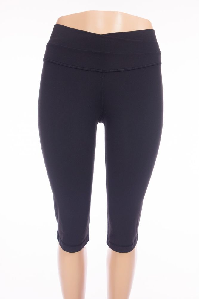 8e48629d63 LULULEMON Astro Crop 4 S Black Yoga Sport Work Out Capris Pants #Lululemon  #AthleticPants