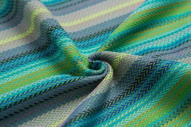 Little Herringbone Amazonia broken-twill weave #fabricart #cottonfabric #littleherringbone #amazonia