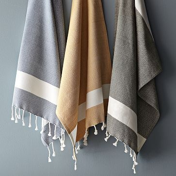 honeycomb tassel hand towel in horseradish.. I want these as scarves!