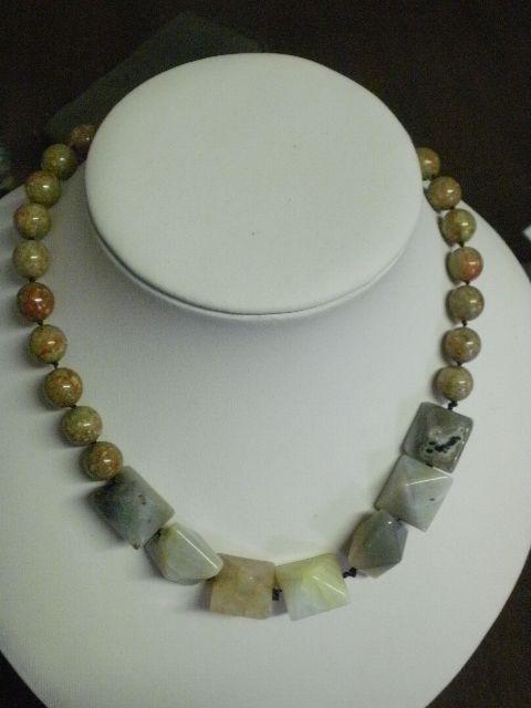 collana pietra dura agata