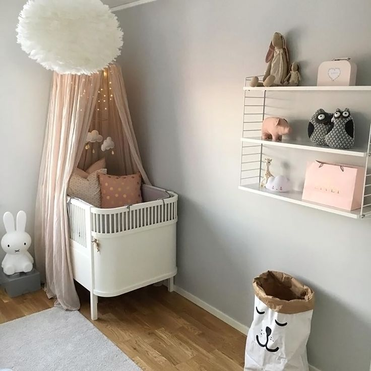 What a pretty little girl's room by @svonz! String Pocket shelf, Miffy lamp and Vita Eos light shade are all available at www.istome.co.uk