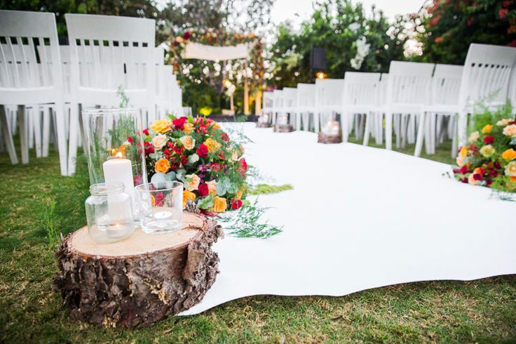 A Colorful Jewish Destination Wedding with an Ellis Bridal Gown at 'the Q', Kibbutz Galil Yam, Herzliya, Israel   Smashing the Glass Jewish wedding blog   a strapless wedding gown and a beautiful outdoor ceremony