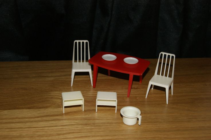 STUNNING VINTAGE JEAN WEST GERMANY DOLLS HOUSE FURNITURE TABLE AND CHAIRS | eBay