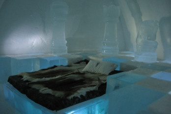 Ice Hotel Kemi Finlandia http://abitarelanatura.wordpress.com/2013/06/20/ice-hotel/