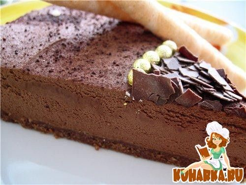 Шоколадный чизкейк с ликером