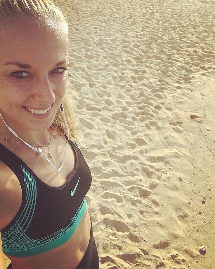 Sabine Lisicki By far the best way to start the day... with a nice beach run! #goodmorning #sunday #good #energy #beach #run #be #strong #fit