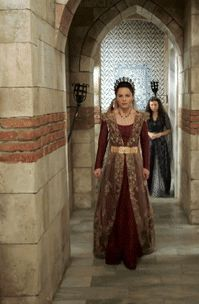 Magnificent Wardrobe (Anon requested – Handan's red dress/gold beaded...)