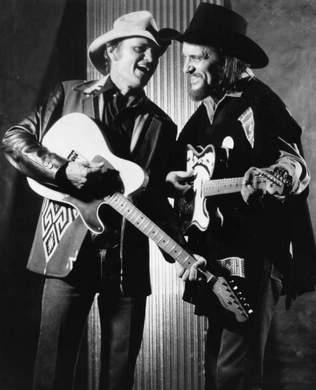 YES!!!!!!!!!  Jerry Reed & Waylon!  @Bobbi Cort someday I will turn you into a Jerry Reed Fan!! haha