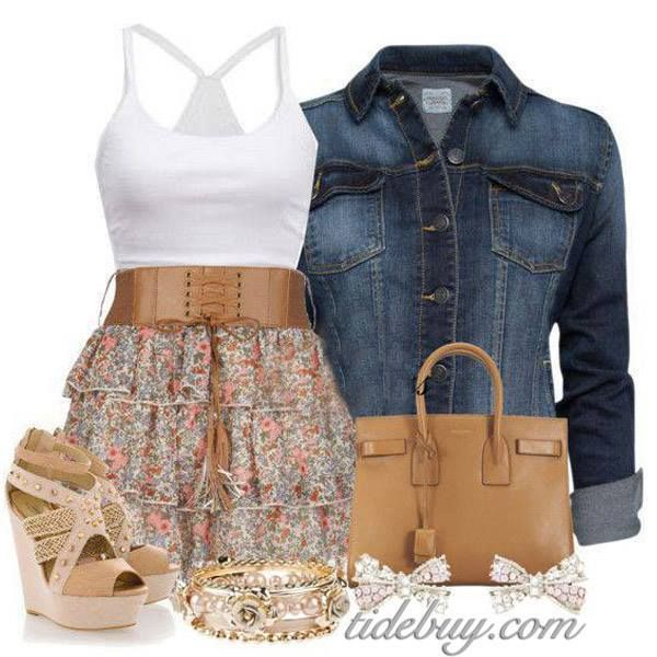 I would so wear this outfit. Just too cute. I'd pair it with cowboy boots.