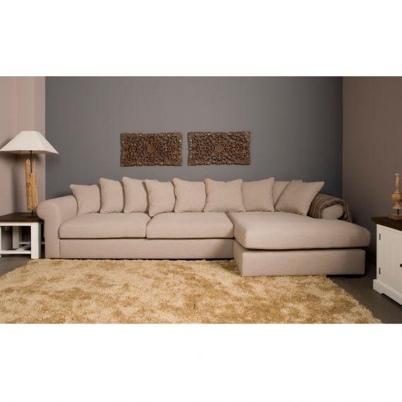 Urban Sofa Merlin loungebank, verkrijgbaar in ruim 150 verschillende stofsoorten en kleuren. Keuze in diepe zit of juist minder diepe zit! Voor alle Urbansofa banken kijk even hier: http://www.meubelslaaphuys.nl/cat/banken/loungebank-hoekbank/