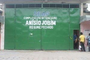 Peritos do MNPCT (Mecanismo Nacional de Prevenção e Combate à Tortura), órgão ligado ao Ministério da Justiça, afirmam que a gestão terceirizada e a divisão dos detentos por facções criminosas nos presídios do Amazonas facilitam situações como a do massacre no Compaj (Complexo Penitenciário Anísio Jobim), em Manaus.