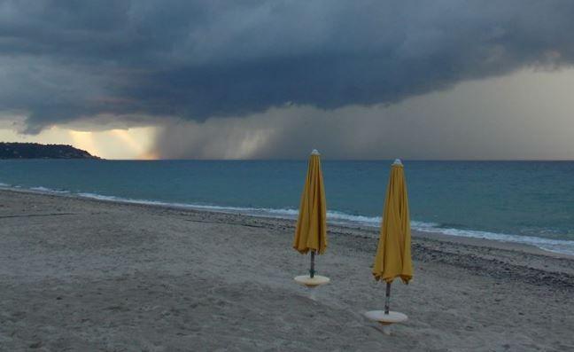 Sta arrivando il ciclone Circe dal 28 giugno su gran parte dell'Italia. Il Sud però dovrà sopportare temperature fino a 43° ! Ecco dove....