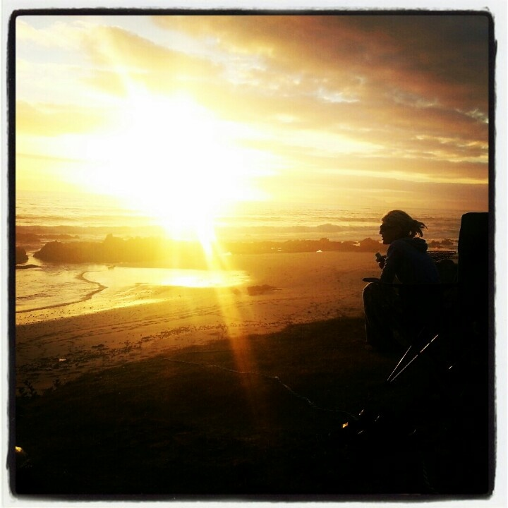 Camping right on the beachfront at Kogelbaai near Gordon's Bay. Loooong beautiful sunsets. Great for a bunch of friends!